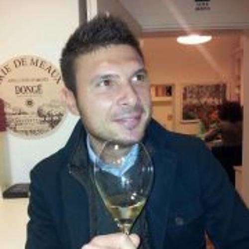 Mark Ruelli's avatar