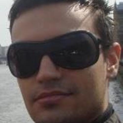 Yannisz's avatar