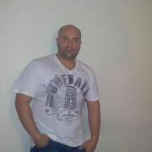 Vic Cruz's avatar