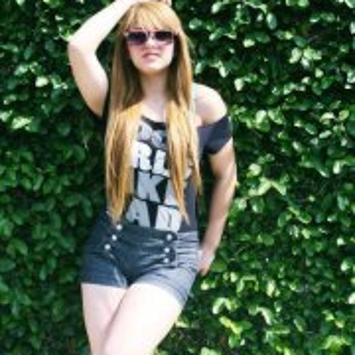 Kassandra 'Alvarez's avatar