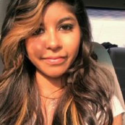 Perla Mireya Quinonez's avatar