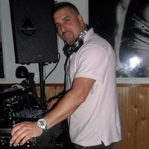 DJ MixMaster Leo's avatar