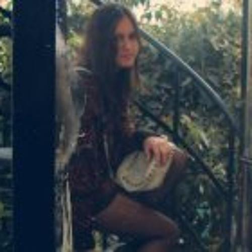 Mayra Serpa Farje's avatar