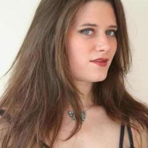 Charlotte Joyce's avatar