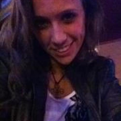 Juli Klein's avatar