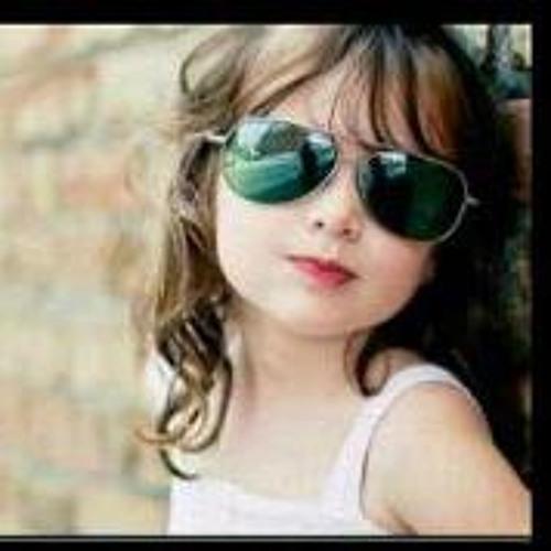 Sarah Ramos 3's avatar