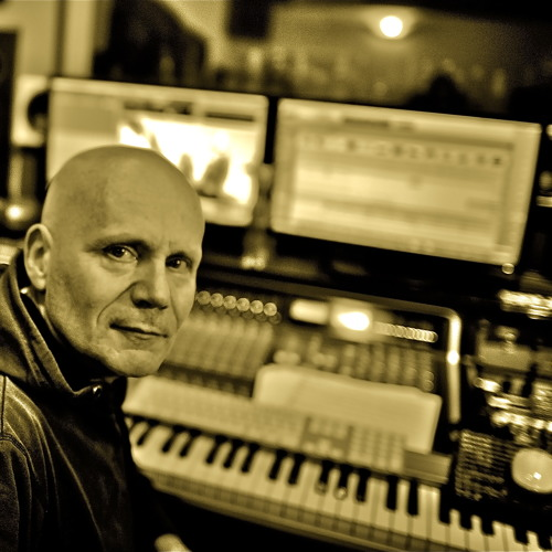 Claude SAMARD POLIKAR's avatar