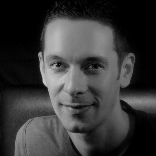 Romain Paris's avatar