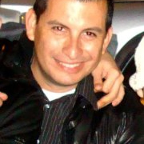 Carlos Moreno Bernal's avatar