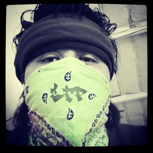 GoLdEn_PaRaDiiSe's avatar