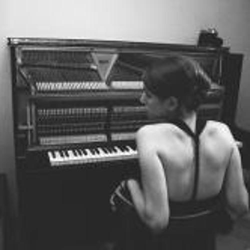 Alisa Velieva's avatar