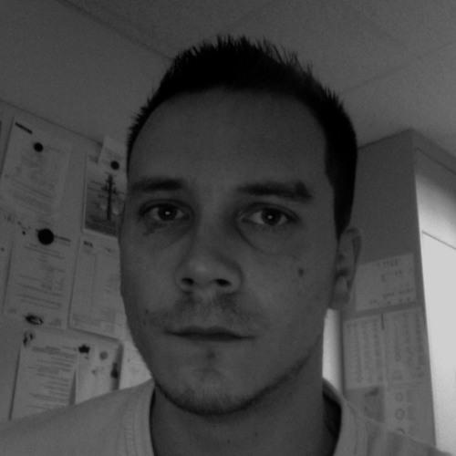 aXvX's avatar