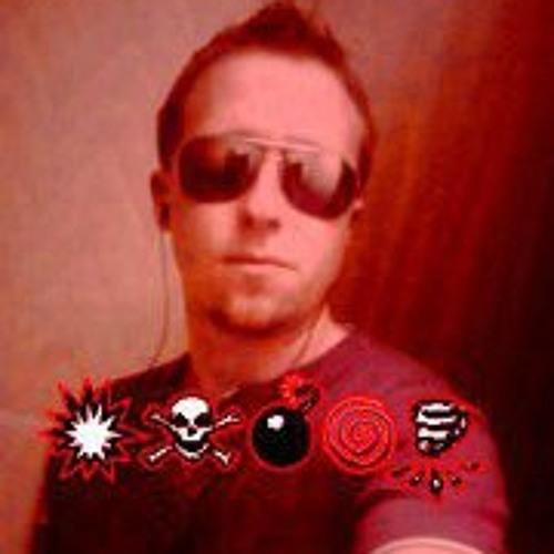 Daniel Lasher's avatar