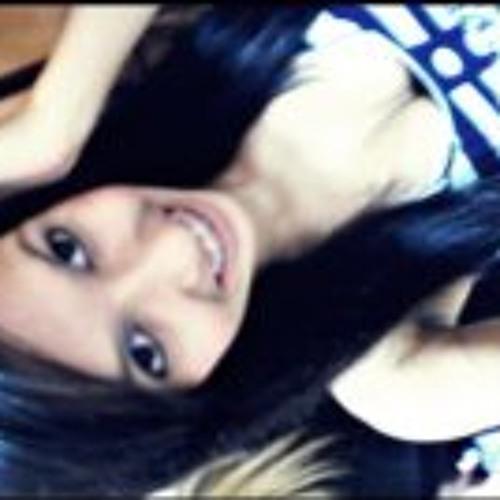 Nayara Languardia Silva's avatar