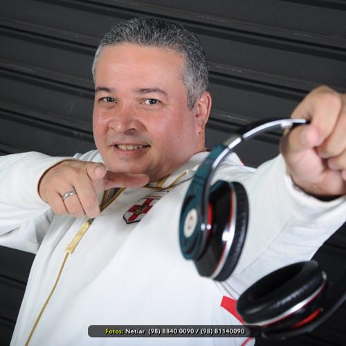 djjuniorpulga's avatar