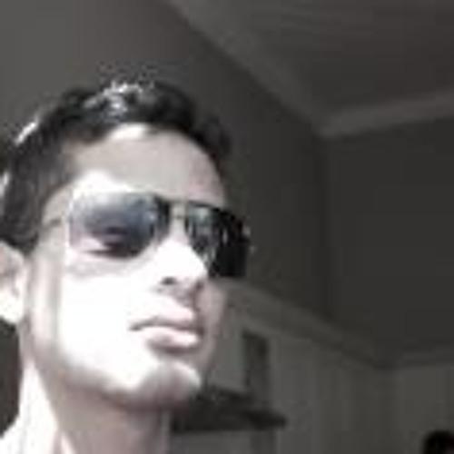 Naweed Khan's avatar