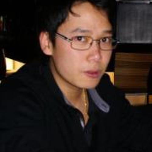 Xuan Dinh Nguyen's avatar