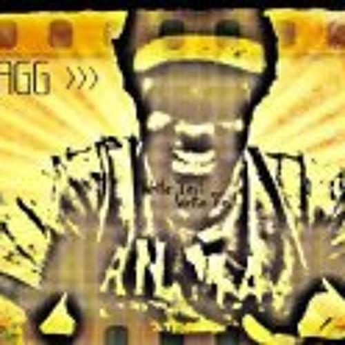 Donavae Solodolo Carrillo's avatar