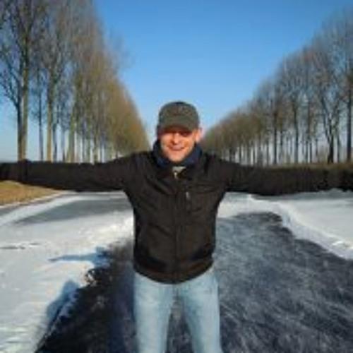 DjCoBo's avatar