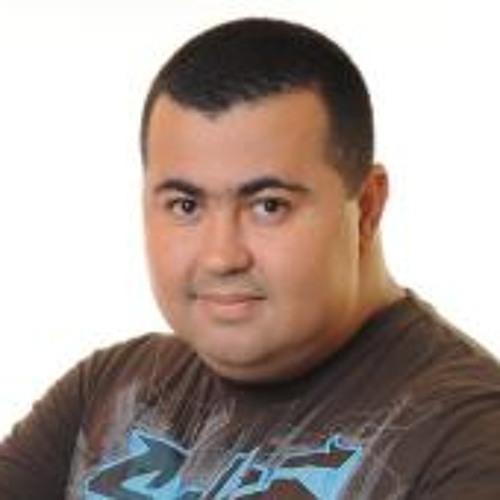 gusbox's avatar