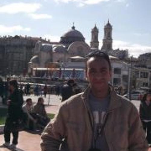 Walid El Hariry's avatar