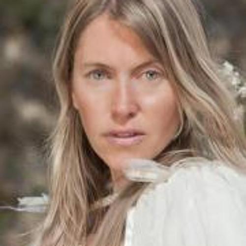 Jennifer Youngs's avatar