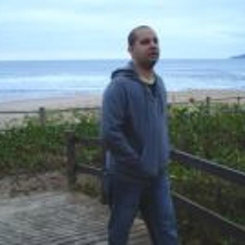 Leonardo Brandão's avatar