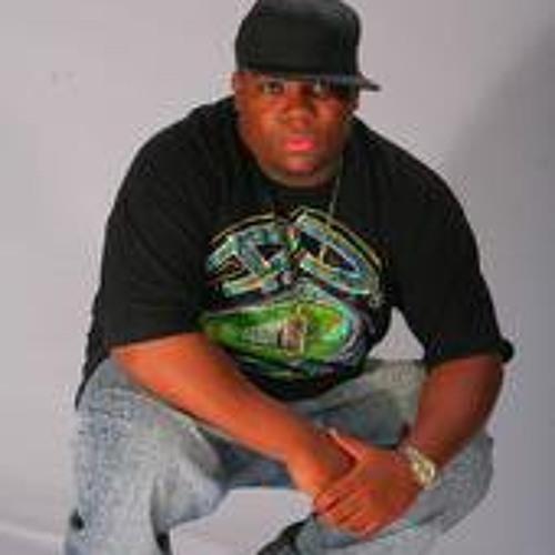 Steve Djnunya Pierre's avatar