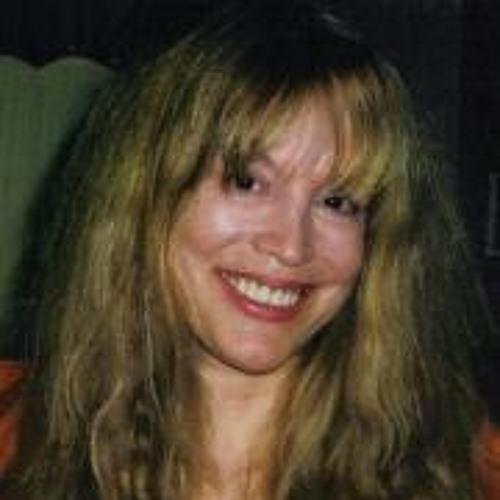 Lynn Carey's avatar