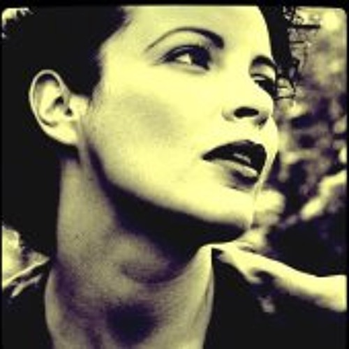 Tracey Carmen's avatar