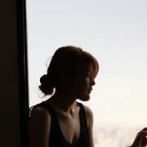 Ana Kiddo's avatar