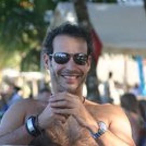 Marcos A De Moya's avatar