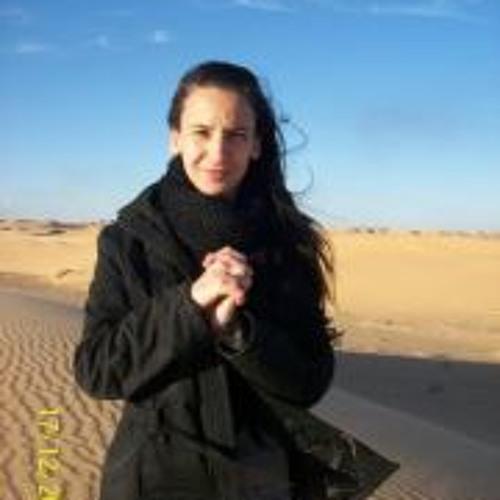 Nanou Chan Arezki's avatar
