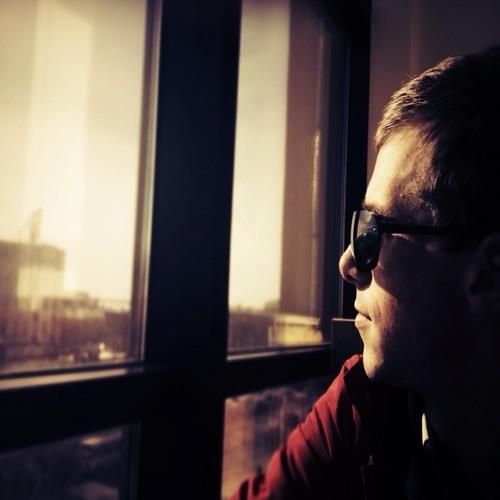 Misha L Qosmos's avatar