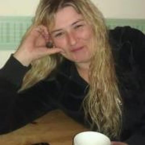 Sarah Sassy-Nup James's avatar