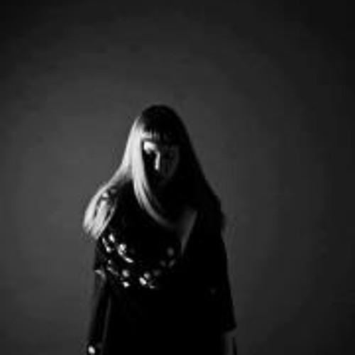 Aislin Dara's avatar