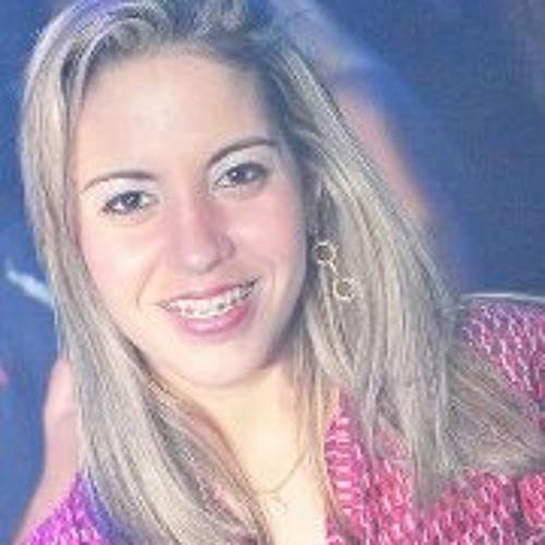 Kelly Sampaio Tavares's avatar