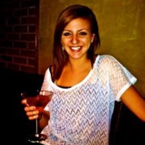 Alixandra Brooke's avatar