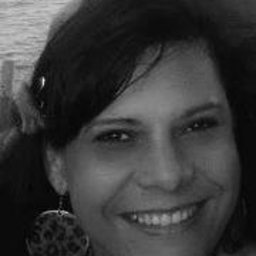 Monica Barros's avatar