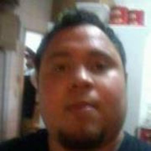 Carlos Castillo 25's avatar