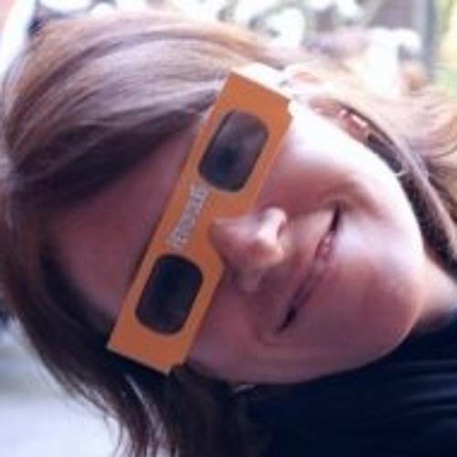 Genevieve Ruiz Drazen's avatar