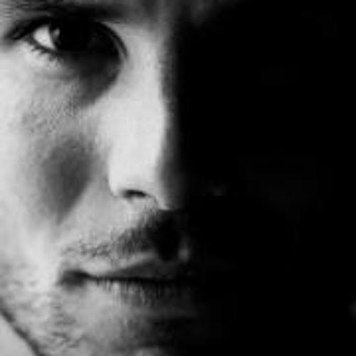 Les Clarke's avatar