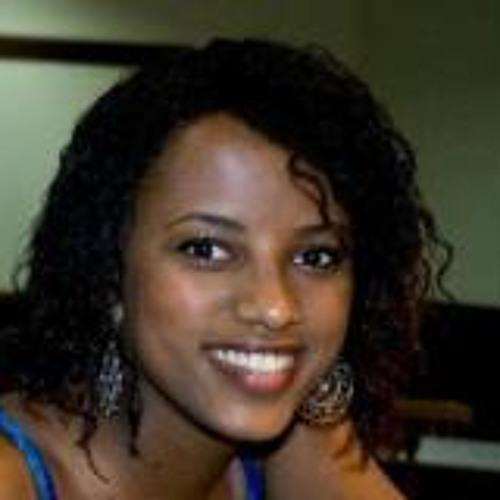 Carlinha Braganca's avatar