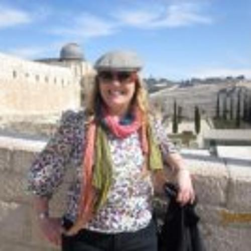 Rachel Thomas 5's avatar