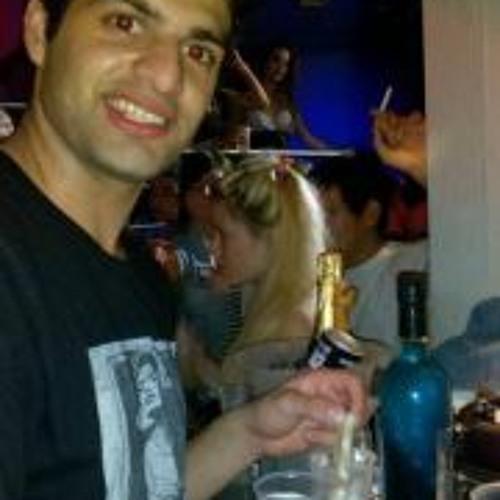 Ivan Perez 25's avatar