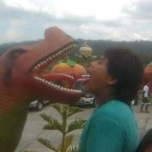 Aaron Reyes 3's avatar
