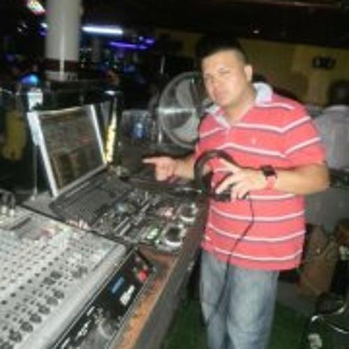 Hector Giovanny Vega's avatar