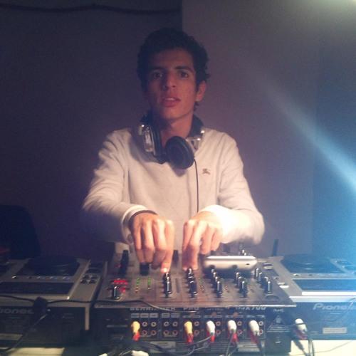 Dj Roidnax IV's avatar