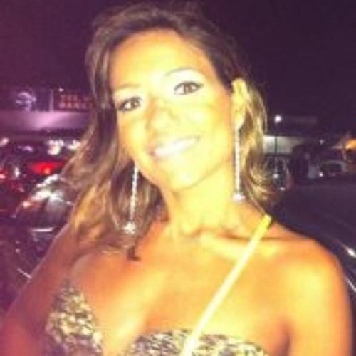 Layla L's avatar
