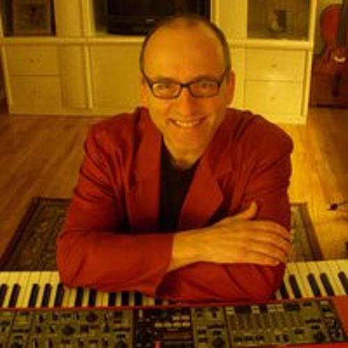 Tom Franzak's avatar